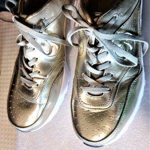 Zumba Gold Air Classic Shoes Gold Metallic – 10